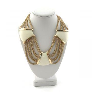 Ogrlica iz verig v zlati barvi
