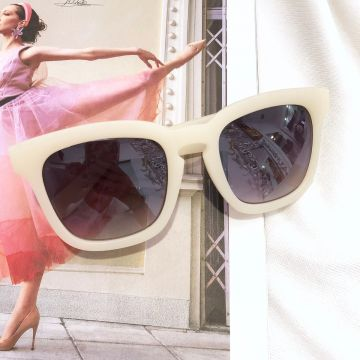 Očala s kristalčki Iva