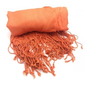 Šal oranžne barve