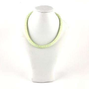 Ogrlica iz kristalčkov v zeleni barvi