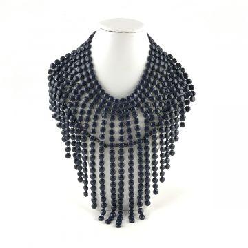 Ogrlica z resicami v temno modri barvi