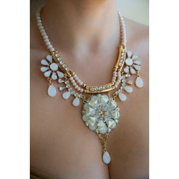 Ogrlica Brushed Gold and White Edge / Brushed Gold and White Necklace